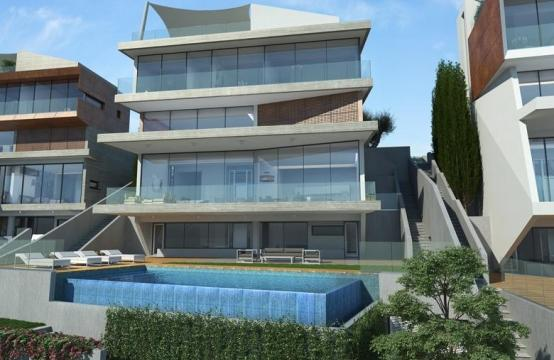 4 Bedroom Villa with Sea Views in Agios Tychonas Area