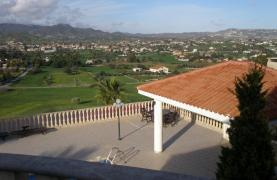 Spacious 5 Bedroom Villa with Magnificent Views in Pyrgos  - 44