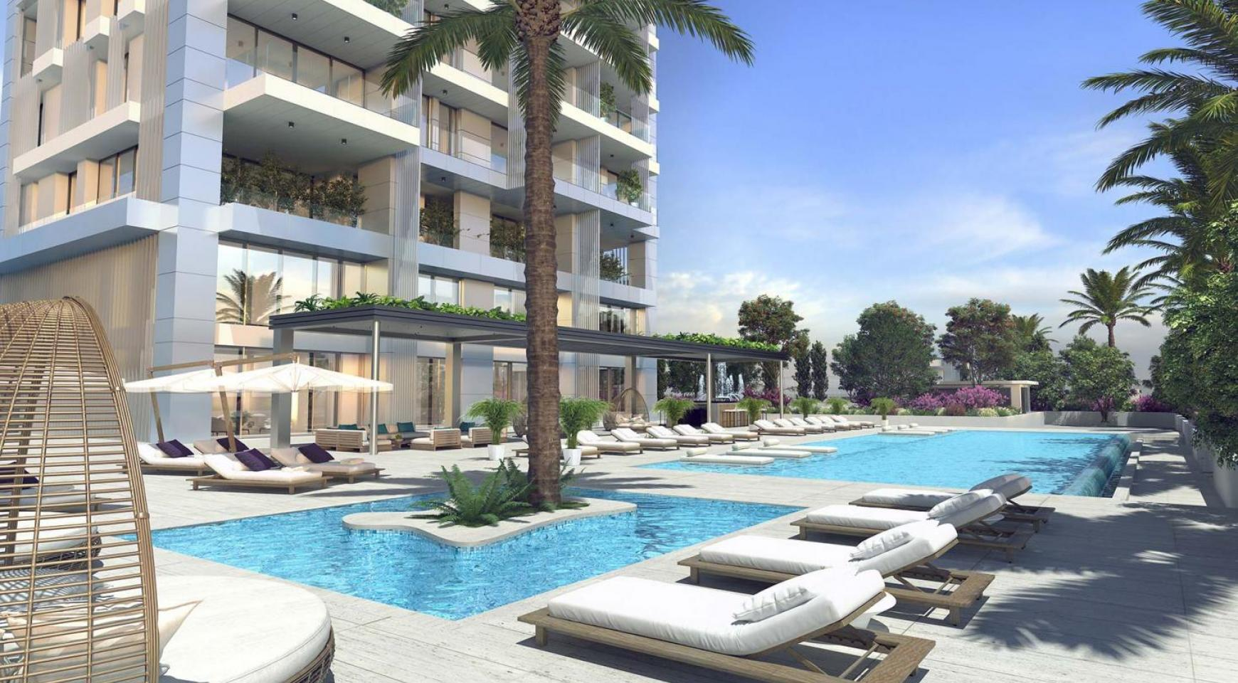 Contemporary 3 Bedroom Apartment with Sea Views in a Luxury Complex - 15