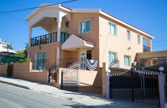 Spacious 3 Bedroom House in Agios Athanasios Area