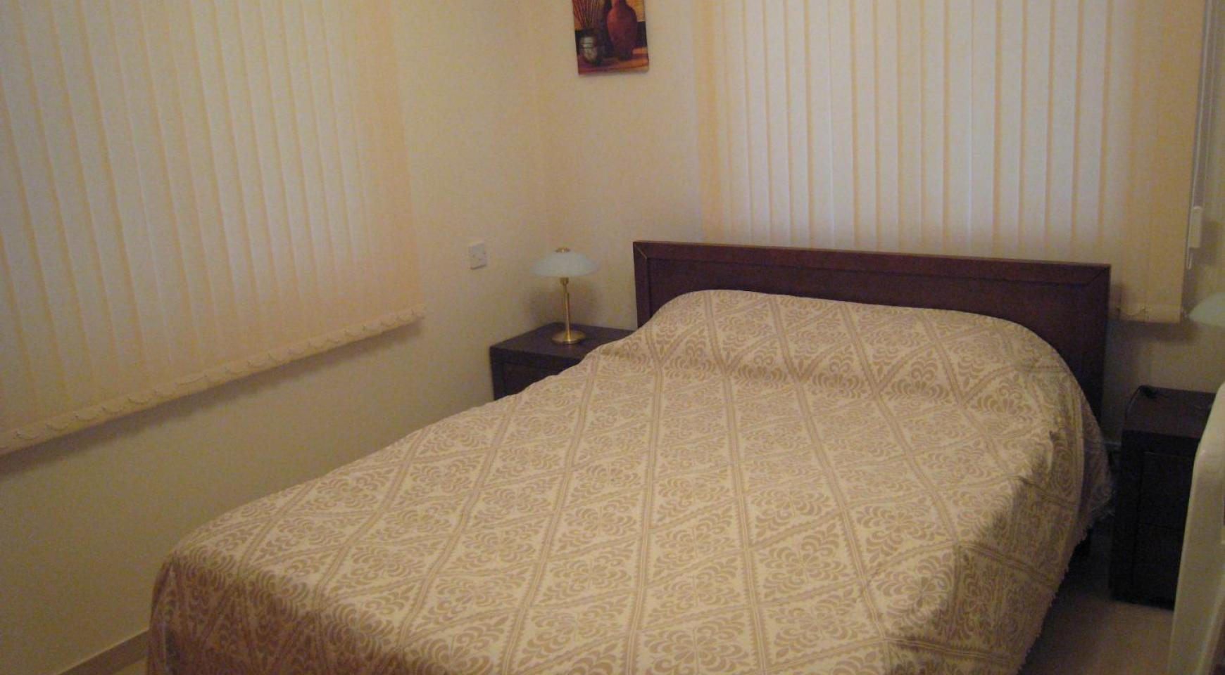 Ground Floor Apartment with Private Garden - 8