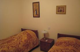Ground Floor Apartment with Private Garden - 20