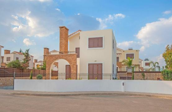 New 4 Bedroom Villa on the Seafront of Ayia Thekla