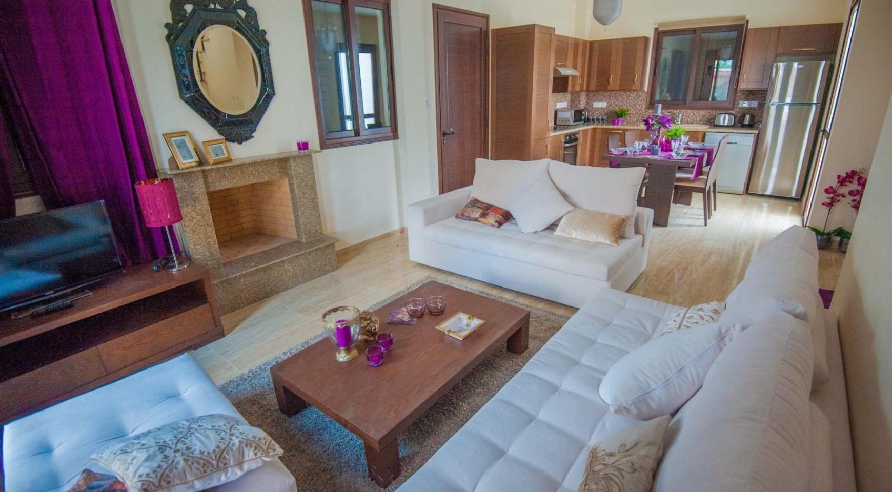 3 Bedroom House on the Seafront of Ayia Thekla - 3
