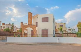 Detached 3 Bedroom Villa on the Seafront of Ayia Thekla - 35