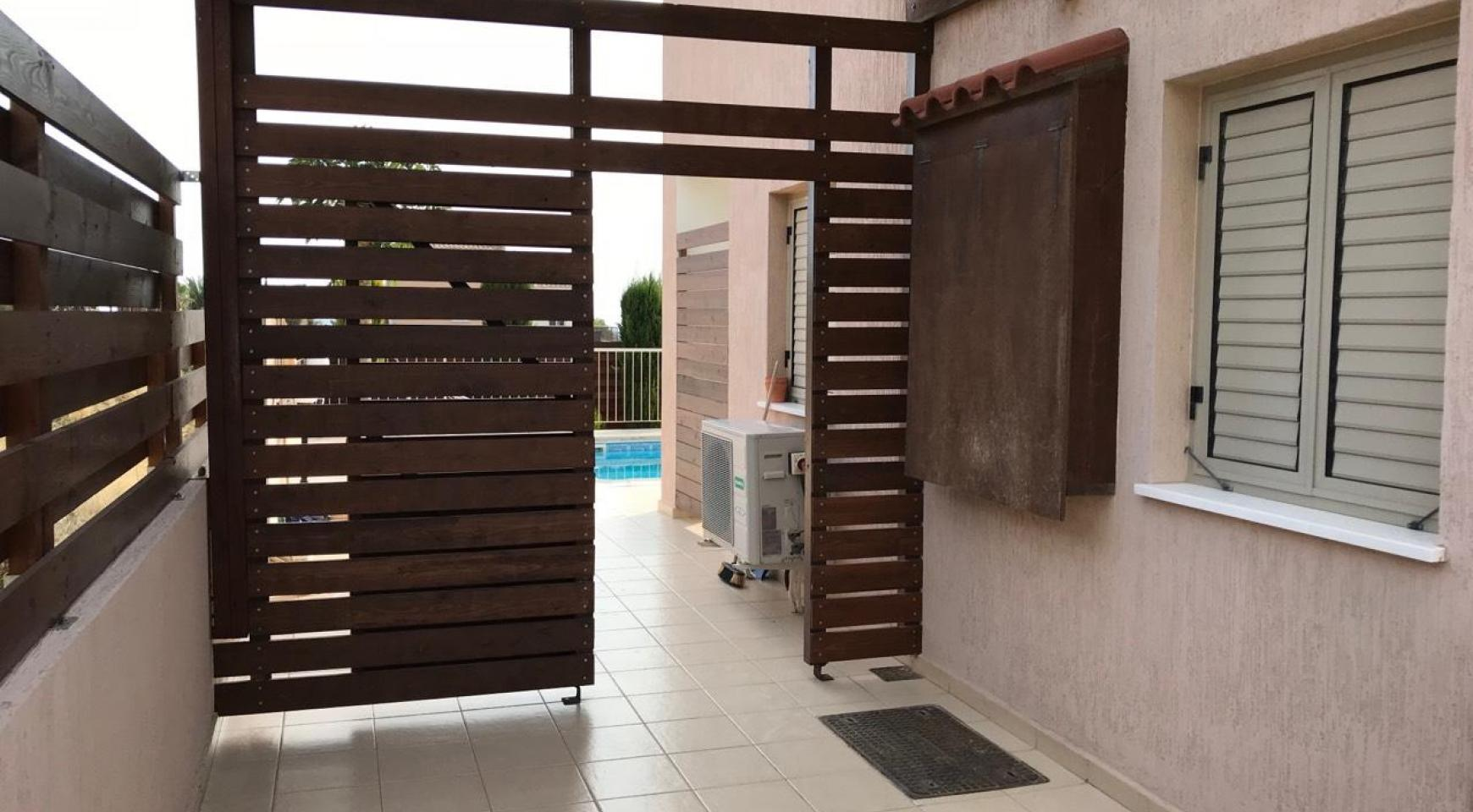 3 Bedroom Semi-Detached House with the Swimming Pool in Erimi Village - 16