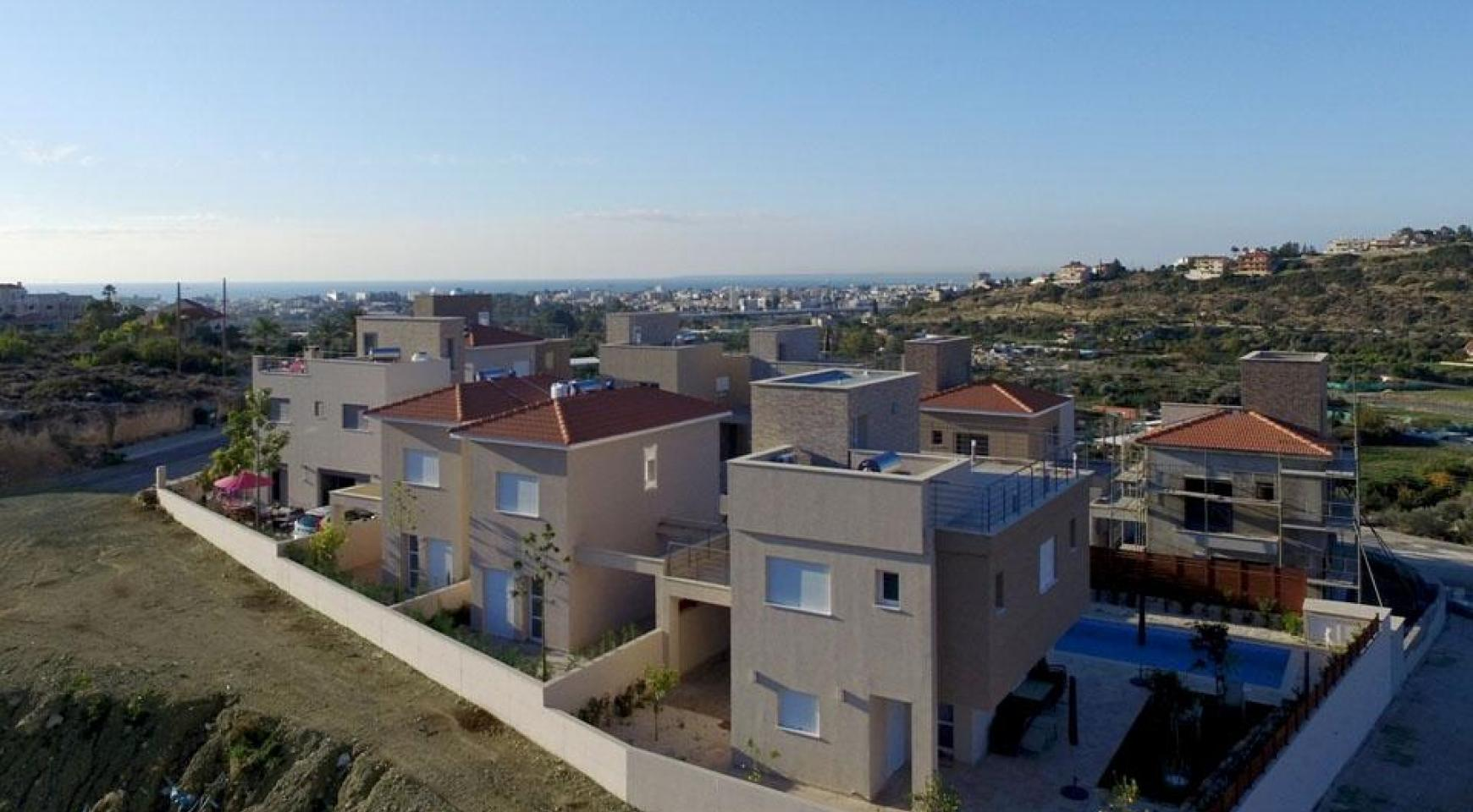 Modern 2 Bedroom House with Sea and Mountain Views in Mesovounia - 5
