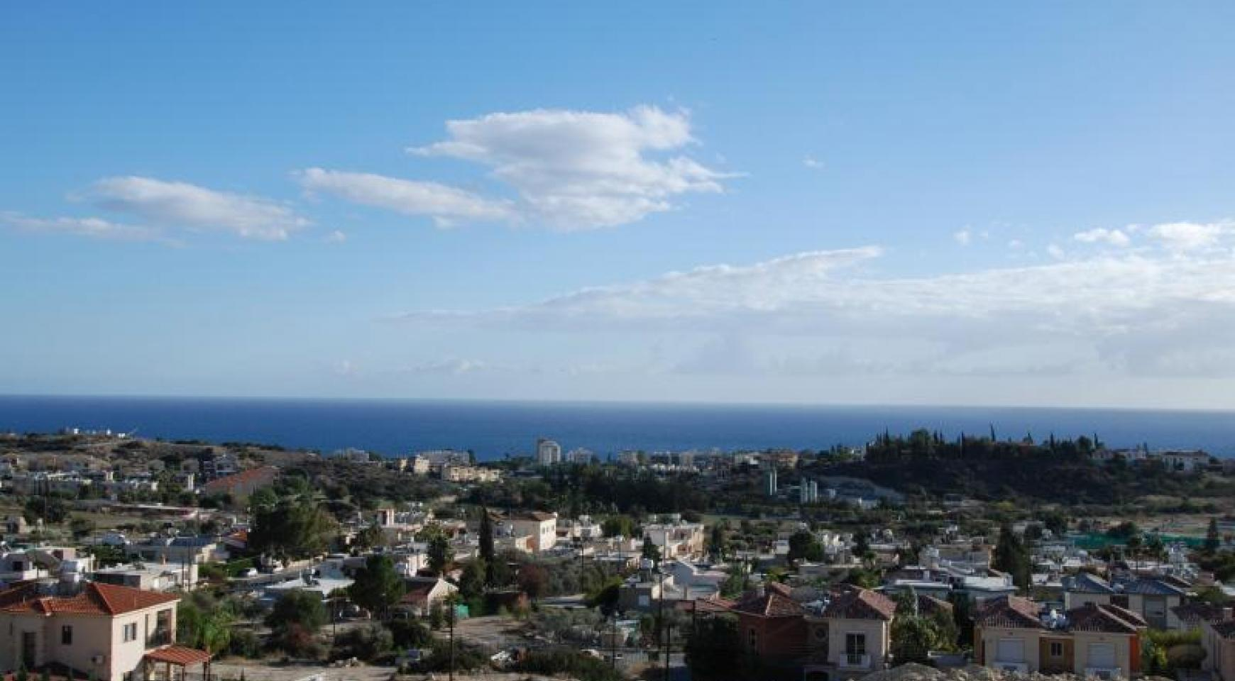 New 3 Bedroom House with Unobstructed Sea Views  - 8