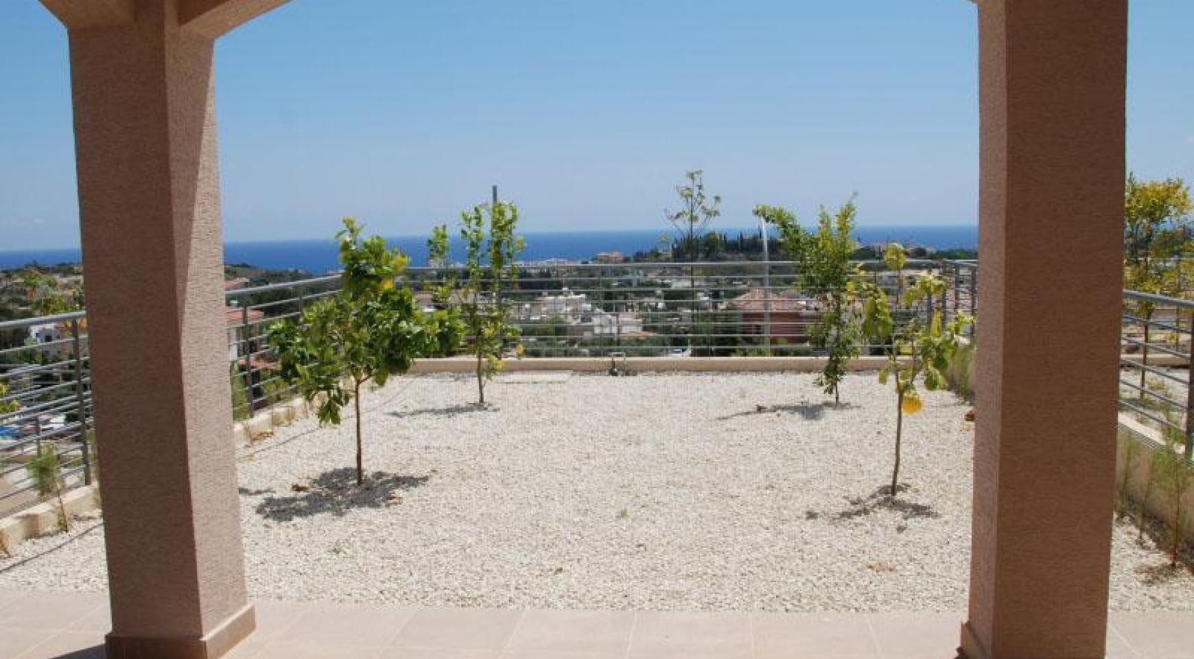 New 3 Bedroom House with Unobstructed Sea Views  - 6