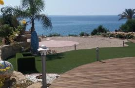 Beautiful Spacious Villa by the Sea in Zygi - 15