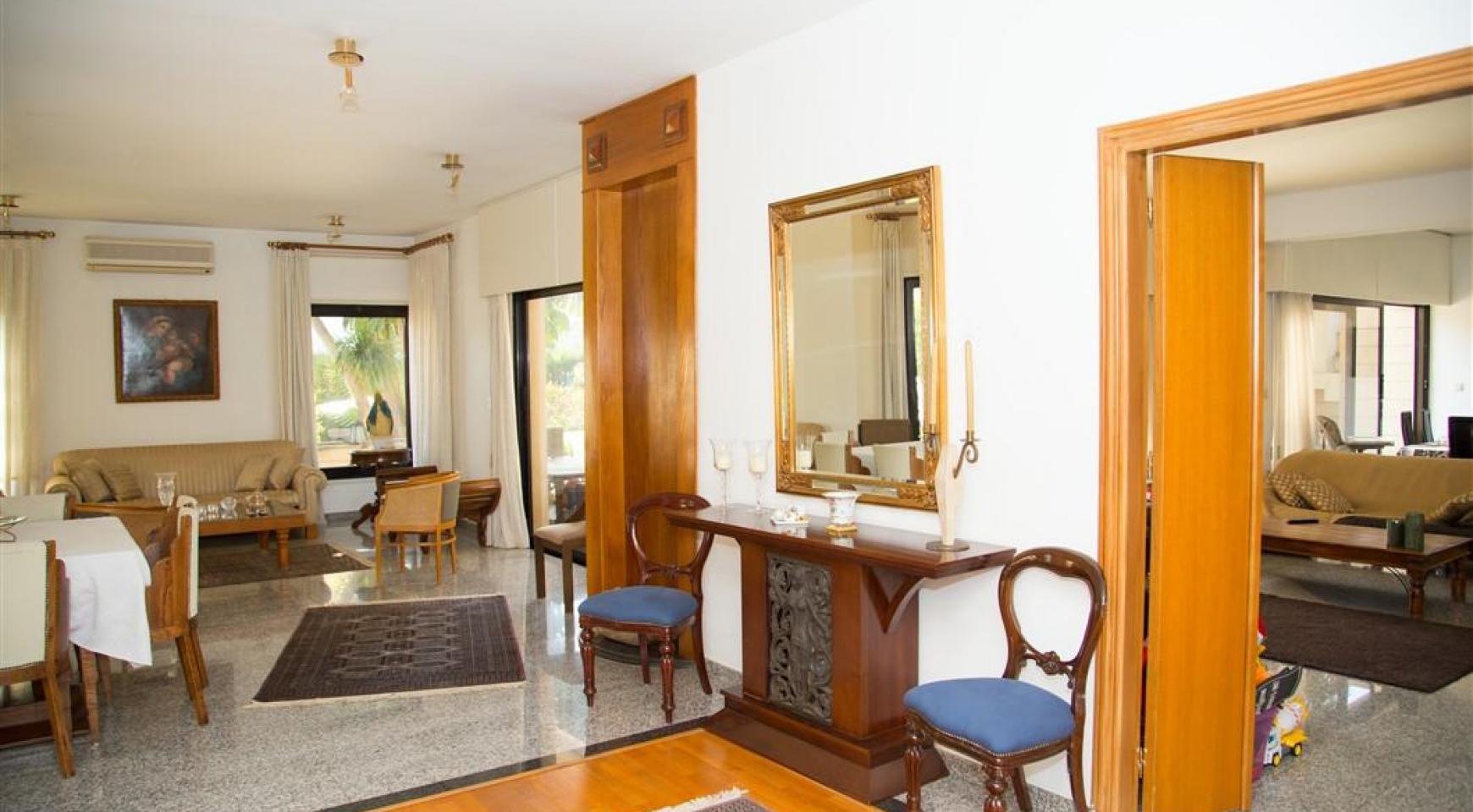 4 Bedroom Villa in Germasogeia Area - 12