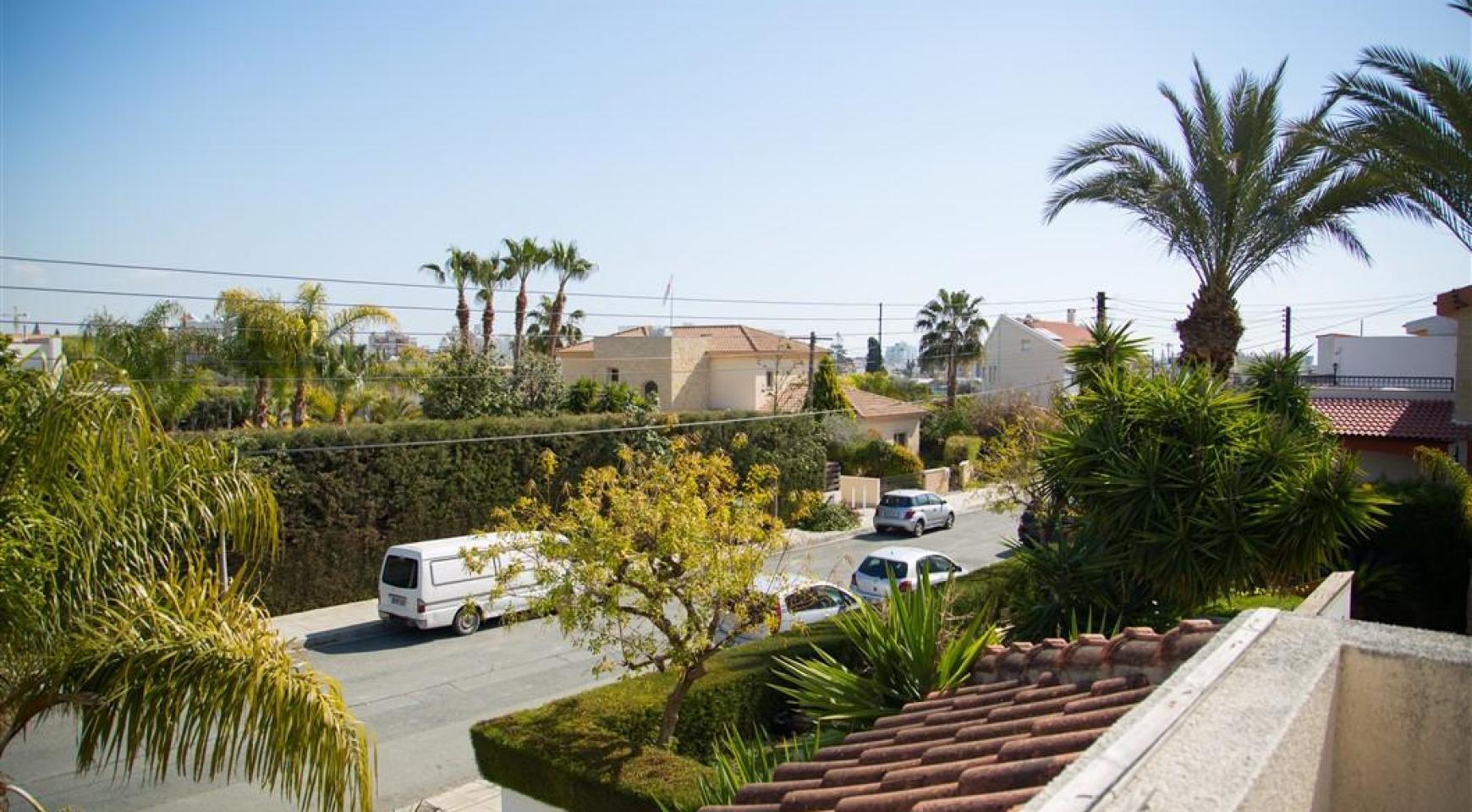 4 Bedroom Villa in Germasogeia Area - 8