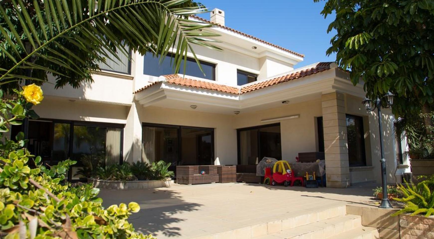 4 Bedroom Villa in Germasogeia Area - 3