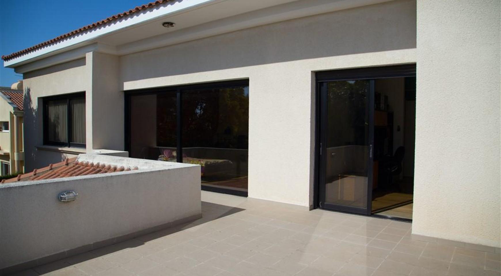 4 Bedroom Villa in Germasogeia Area - 9