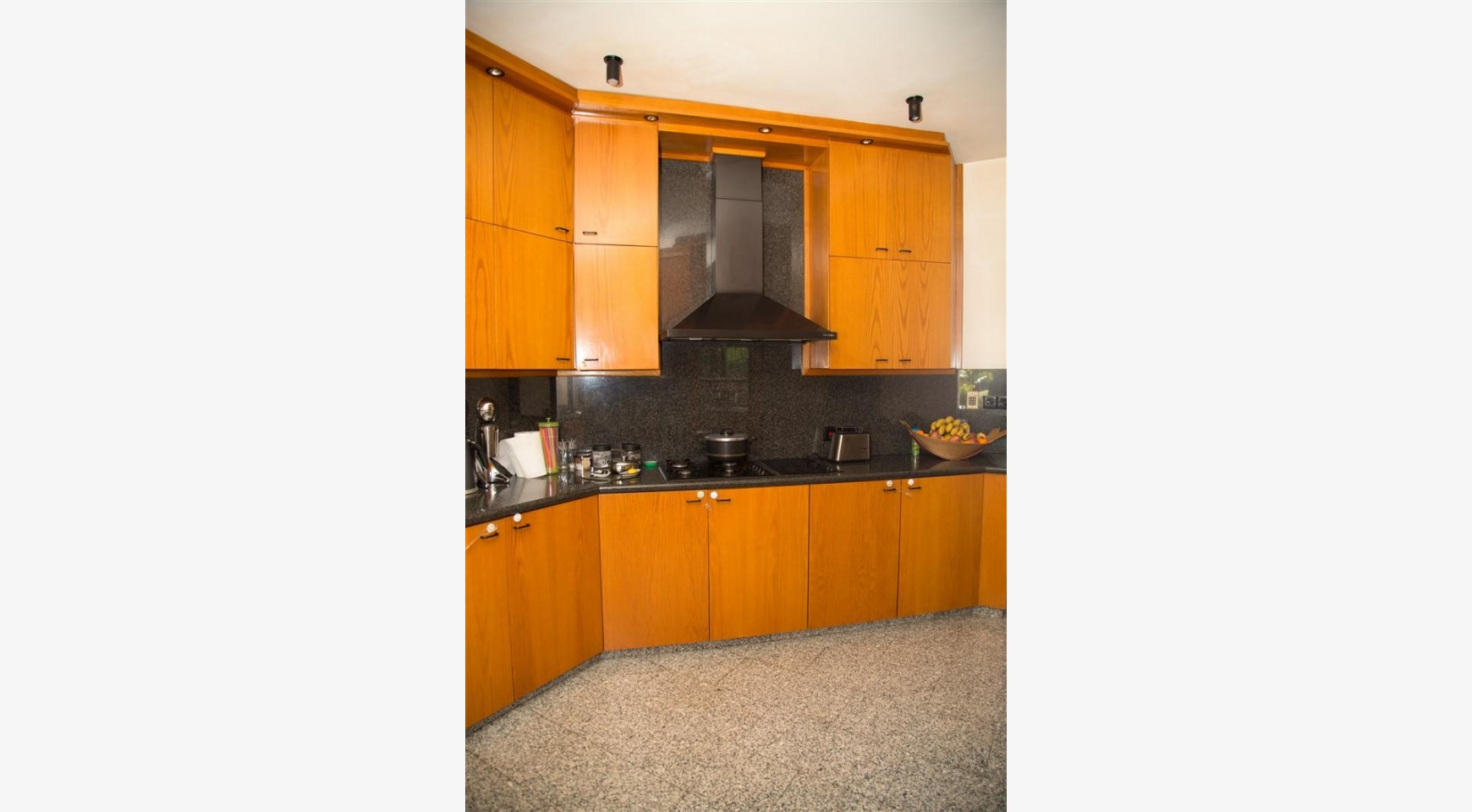 4 Bedroom Villa in Germasogeia Area - 20
