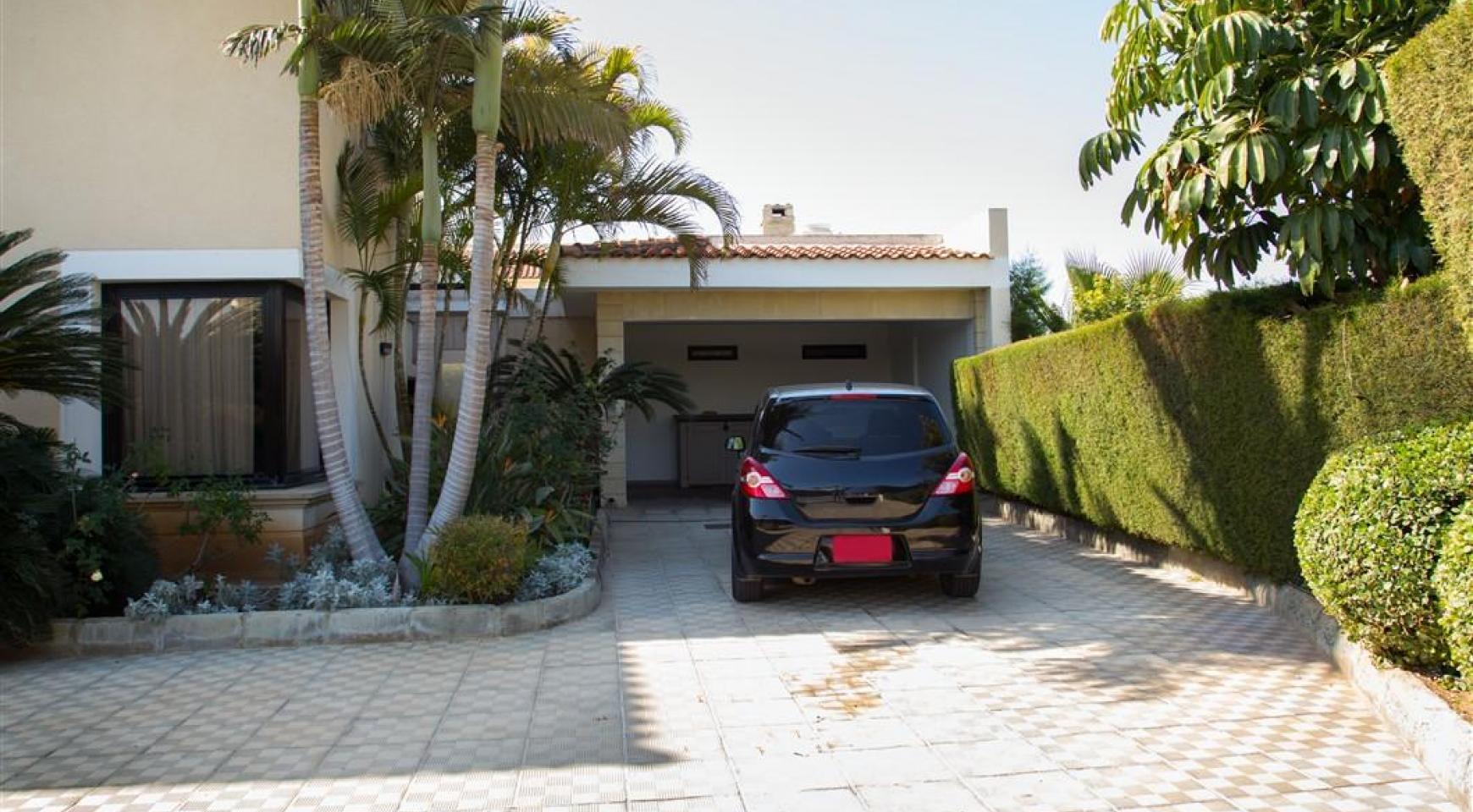 4 Bedroom Villa in Germasogeia Area - 5