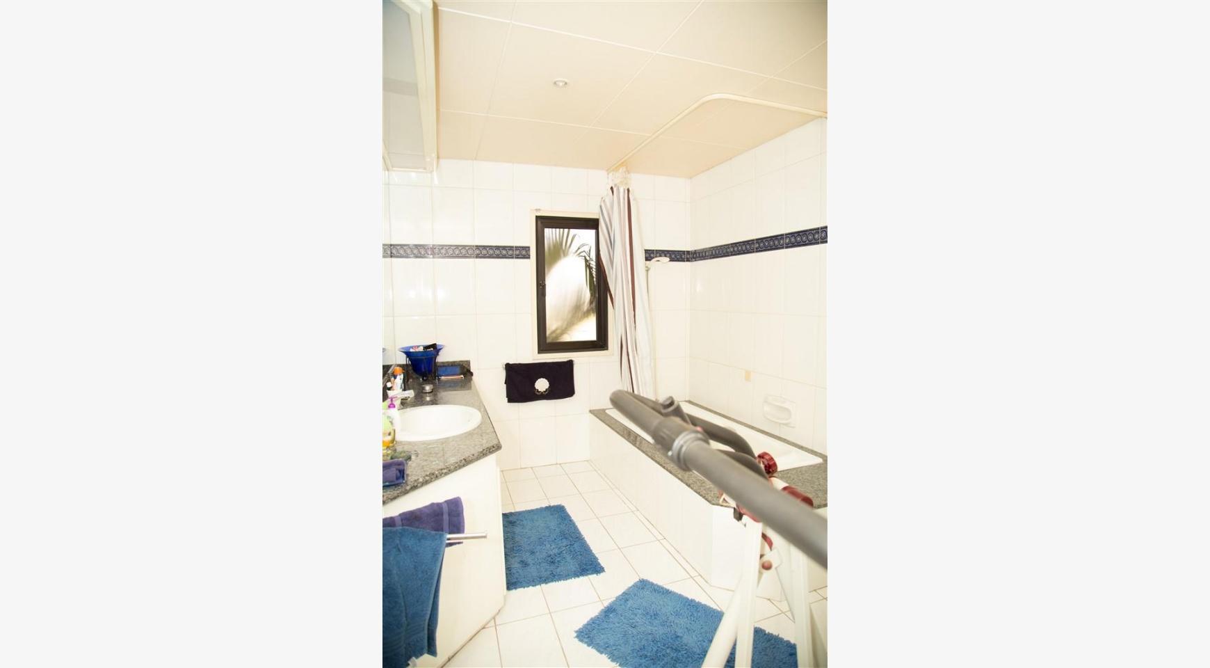 4 Bedroom Villa in Germasogeia Area - 28