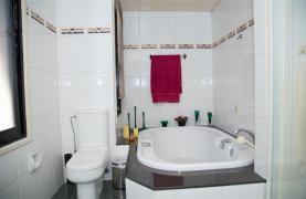 4 Bedroom Villa in Germasogeia Area - 56