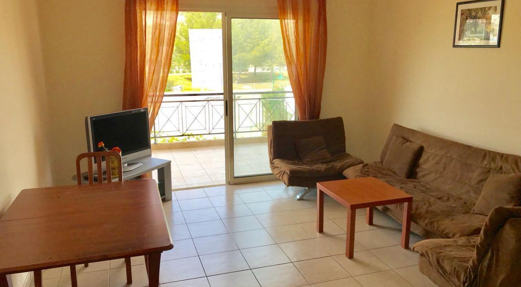 Spacious One Bedroom Apartment by the Sea - 6