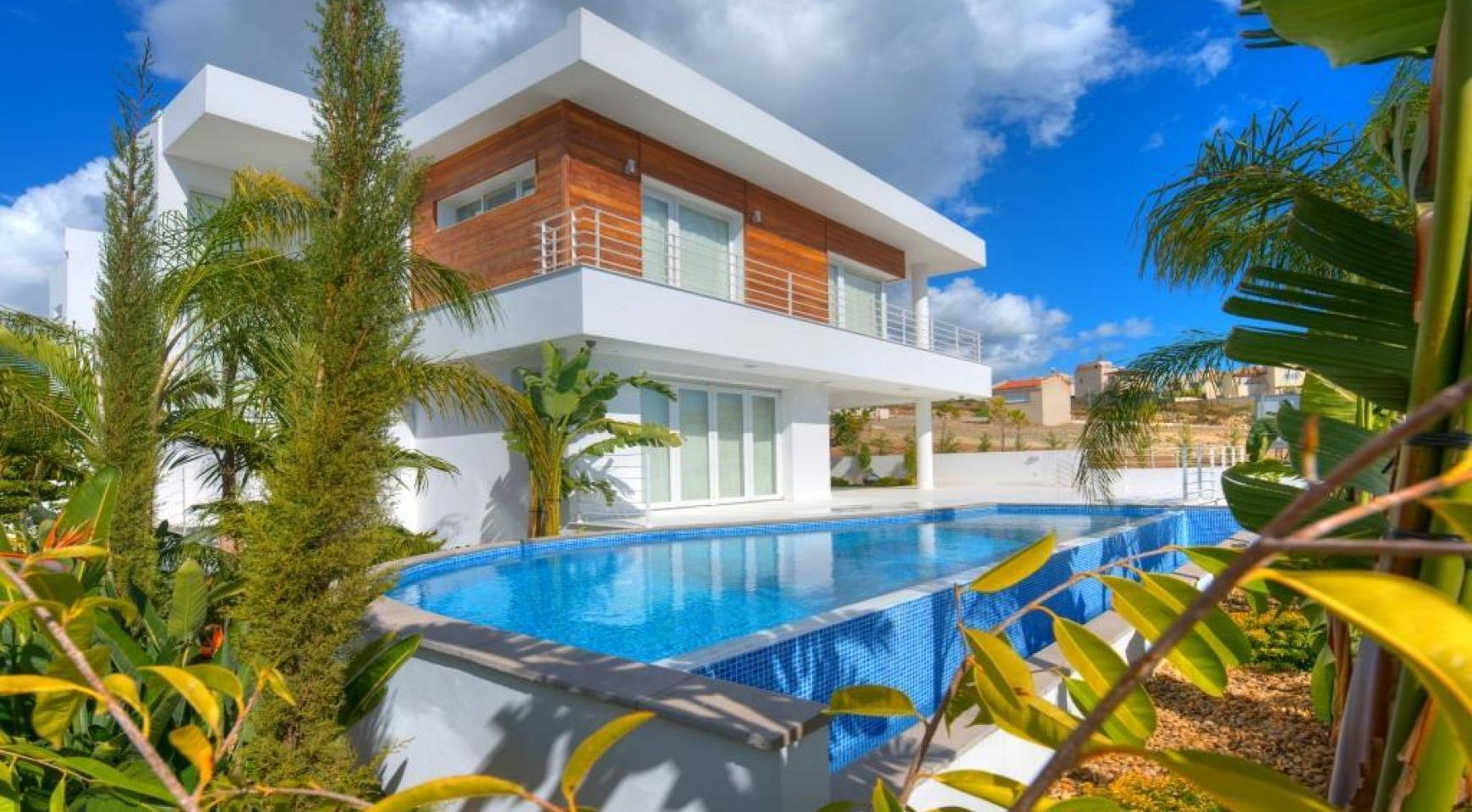 Contemporary 4 Bedroom Villa with Sea Views in Agios Tychonas - 1
