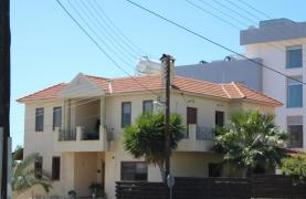 Spacious 5 Bedroom House in Agios Athanasios Area - 12