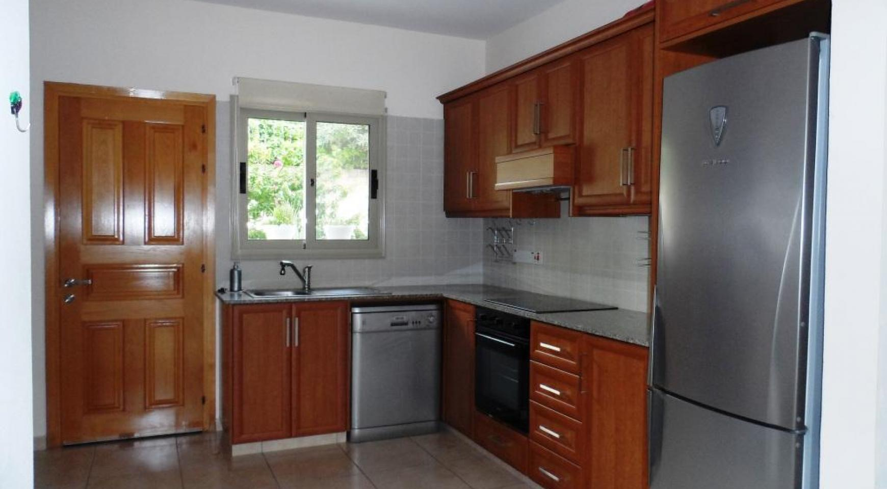 Cozy 2 Bedroom Maisonette in Erimi - 11