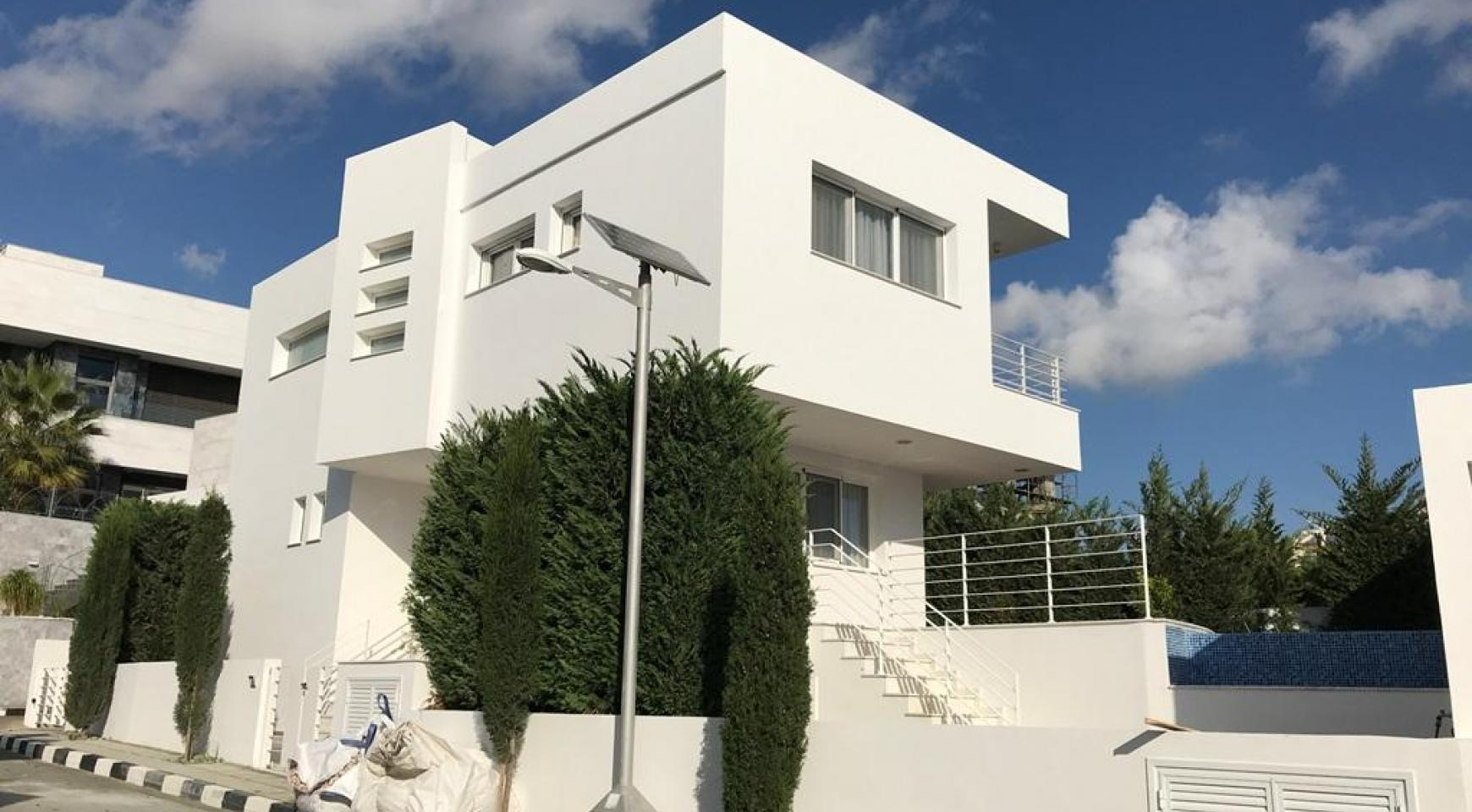 Contemporary 4 Bedroom Villa with Sea Views in Agios Tychonas - 2