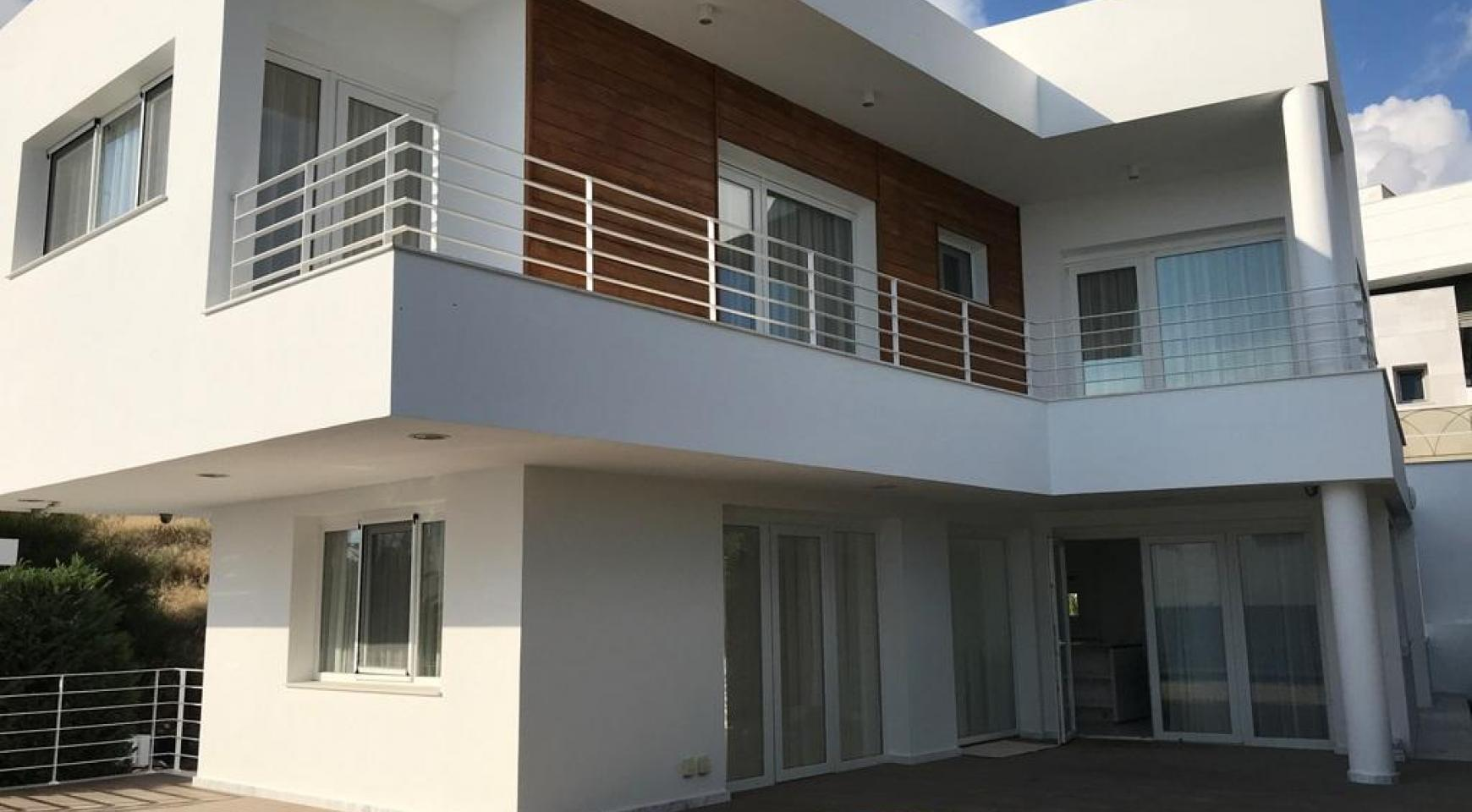 Contemporary 4 Bedroom Villa with Sea Views in Agios Tychonas - 3