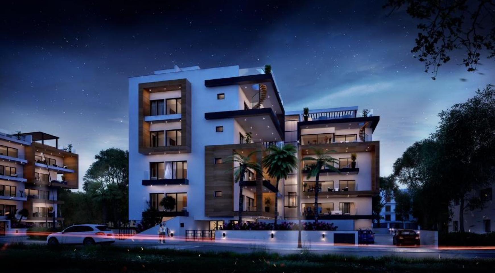 New Modern 3 Bedroom Apartment near the Sea - 9