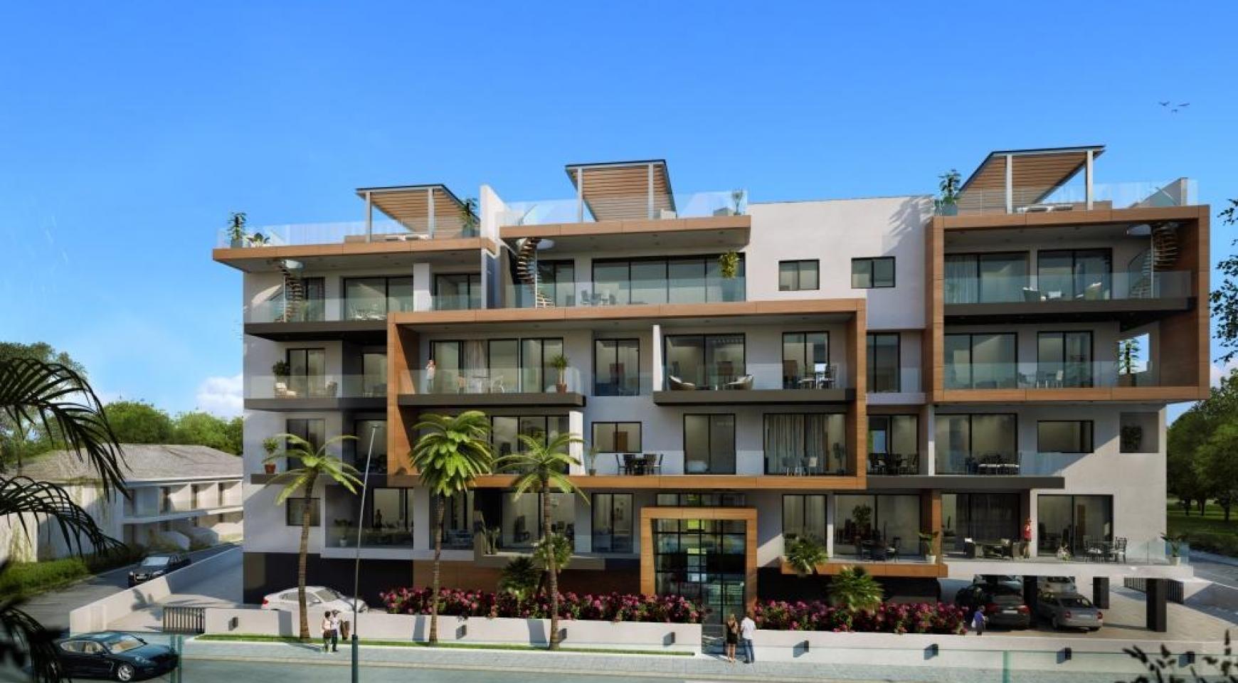 New Modern 3 Bedroom Apartment near the Sea - 3