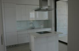 New Modern 3 Bedroom Apartment near the Sea - 70