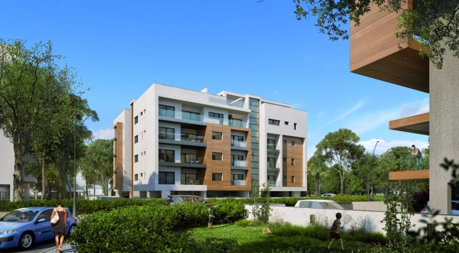 New Modern 3 Bedroom Apartment near the Sea - 4