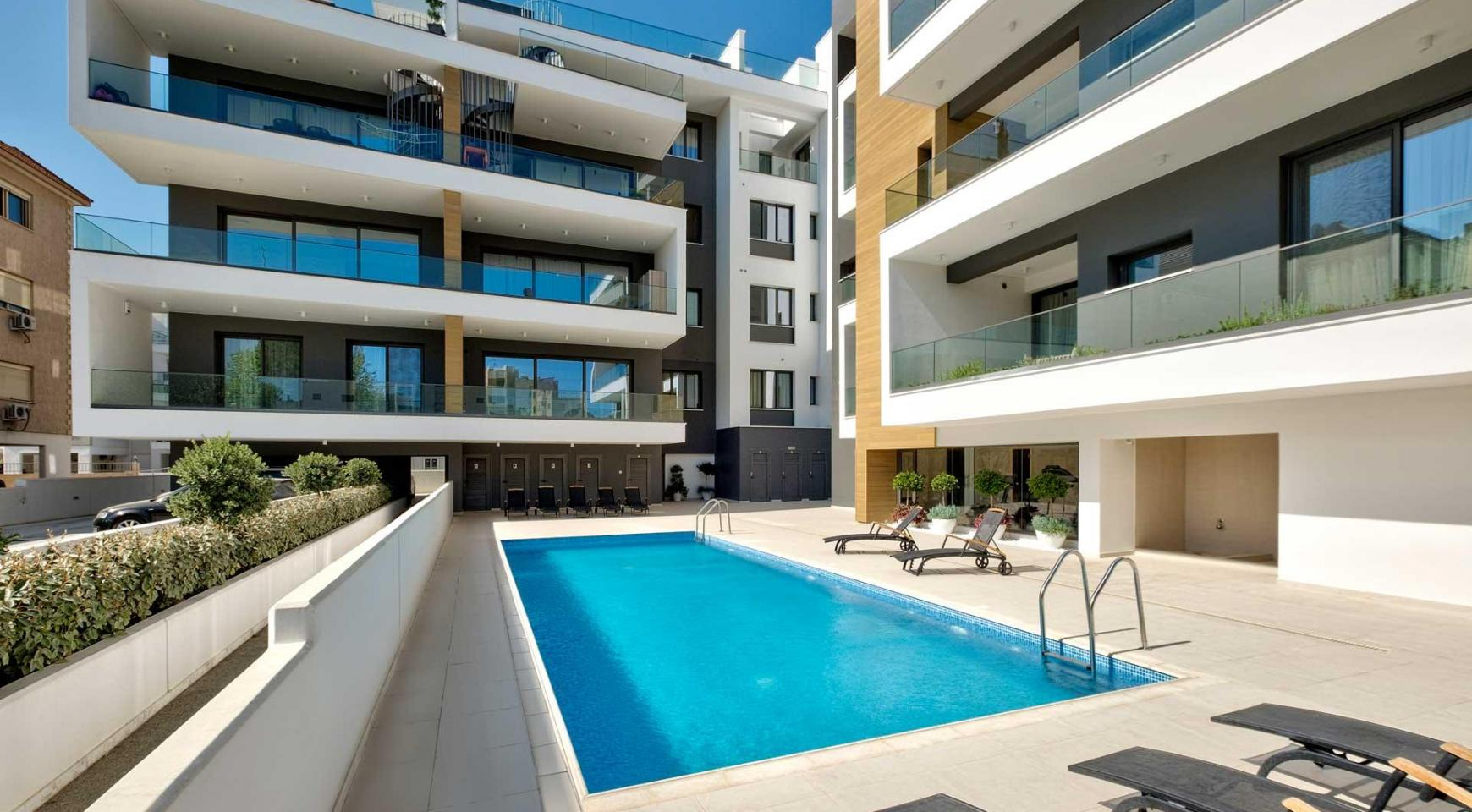 Contemporary 2 Bedroom Apartment in a New Complex near the Sea - 1