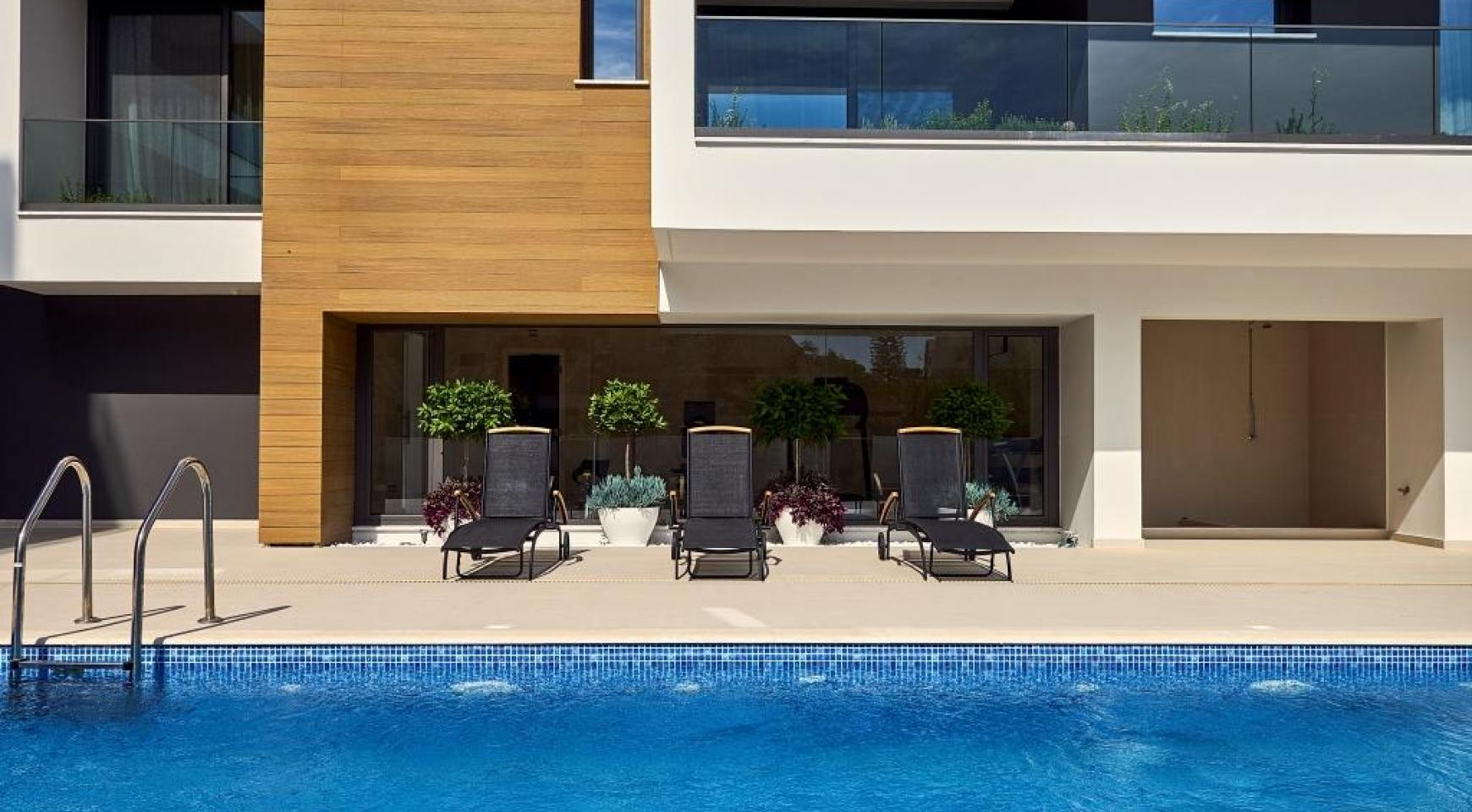 Contemporary 2 Bedroom Apartment in a New Complex near the Sea - 3