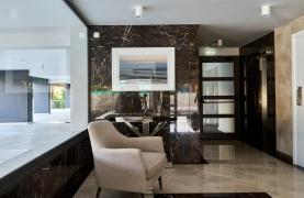 Contemporary 2 Bedroom Apartment in a New Complex near the Sea - 25