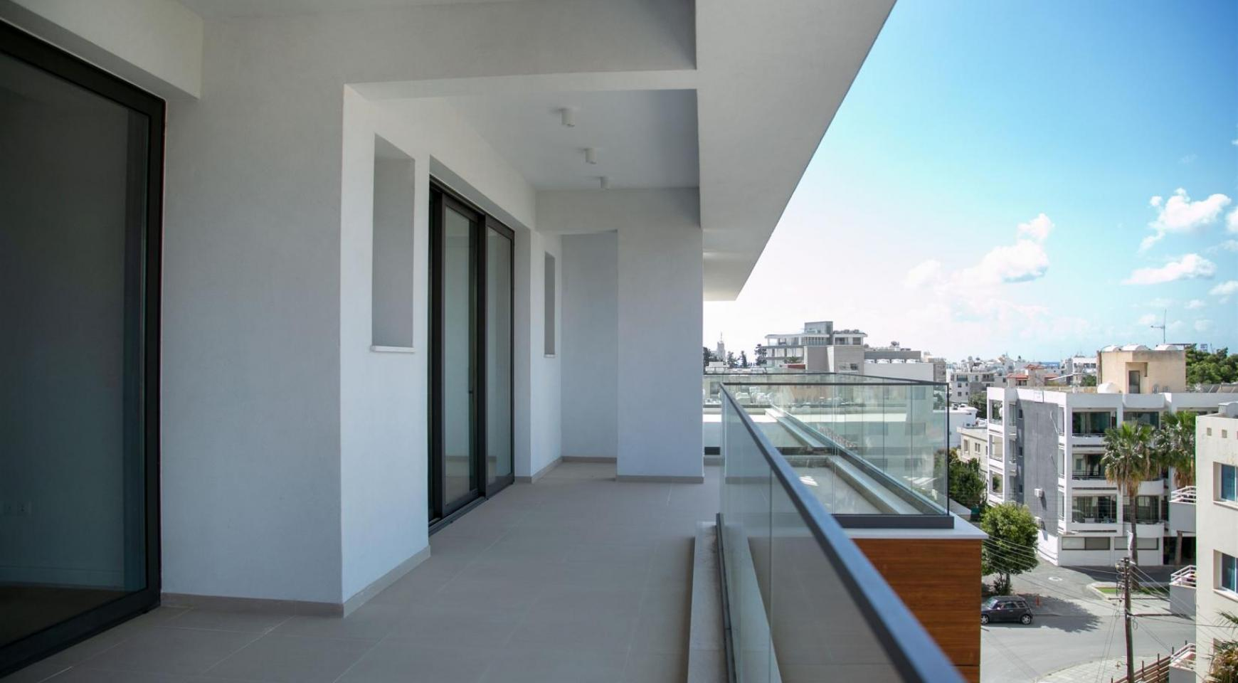 Malibu Residence. Modern 2 Bedroom Apartment 301 within a New Gated Complex - 17