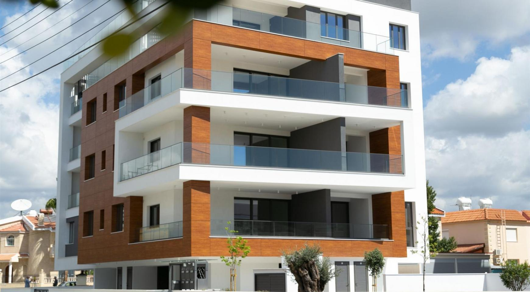 Malibu Residence. Contemporary 2 Bedroom Apartment 201 in Potamos Germasogeia - 1