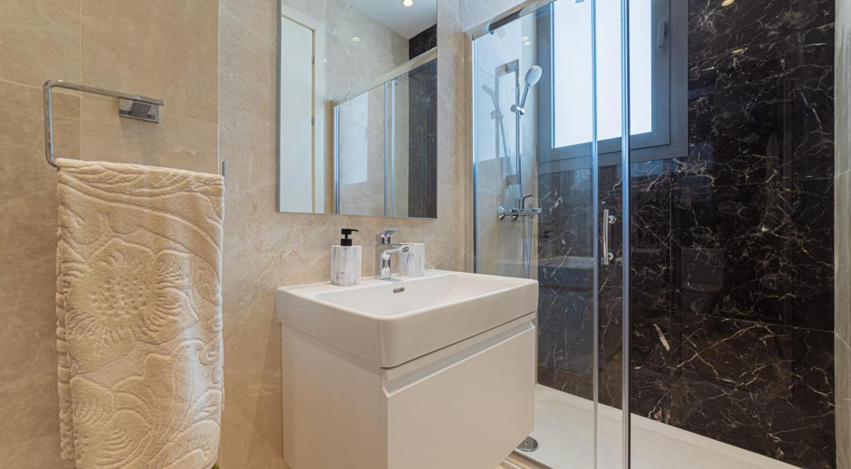 Parkside Residence, Apt. 301. 3 Bedroom Penthouse within a New Complex in the Tourist Area - 27